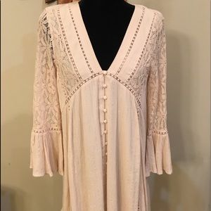 Algar'd state pale pink dress with lace sleeves